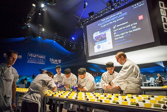 Students plating at the All Star Chef Classic