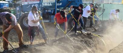 Orange County Students, Faculty, and Staff help Habitat for Humanity
