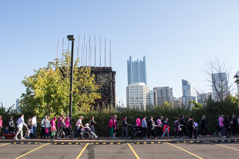 Pittsburgh Faculty and Students Make Strides Against Breast Cancer